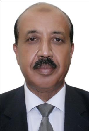 أحمد مصطفى كاتب صحفي وسفير سابق